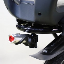 Support d'éclairage pour porte bagage de vélo